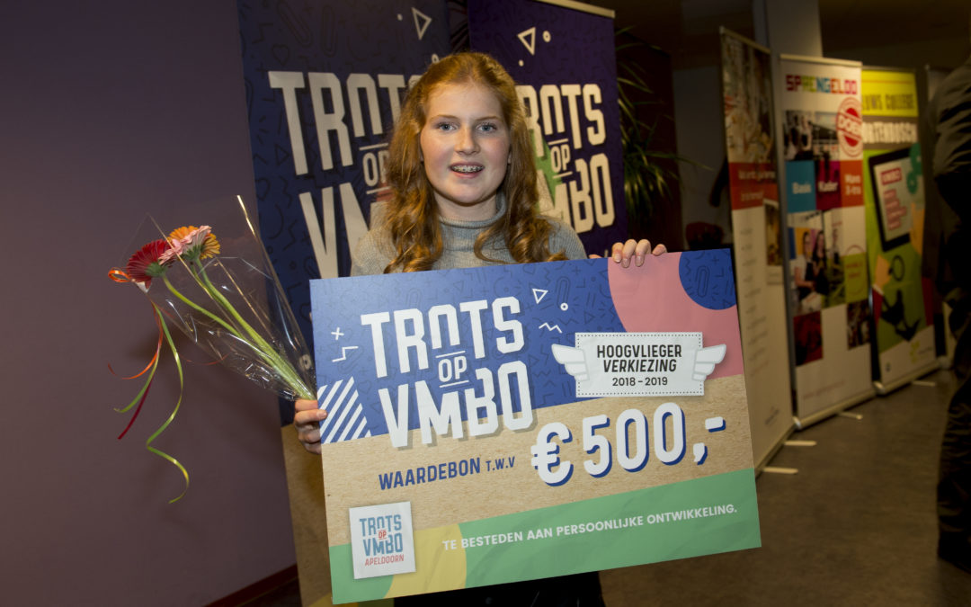 Loes Arends wint Trots op vmbo